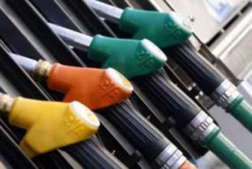 فوضى بمحطات الوقود في اليوم الأول لتطبيق تحرير أسعار المحروقات
