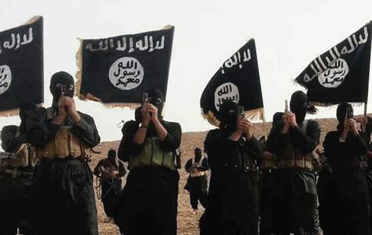 """""""داعش"""" يقطع رأس سيدة مغربية بفأس بليبيا ويعدم فلسطينيا بالرصاص"""