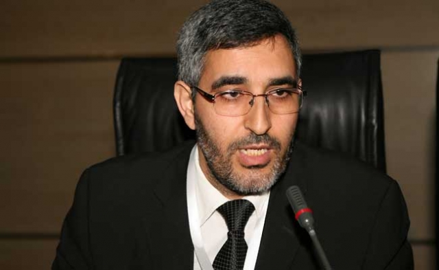 العماري يتحفظ على قرض البنك الدولي الذي وافق عليه مستشارو حزبه في عهد ساجد