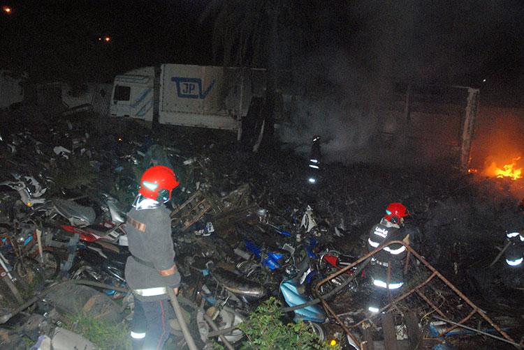 حريق مهول بمحجز تابع لعمالة الفداء