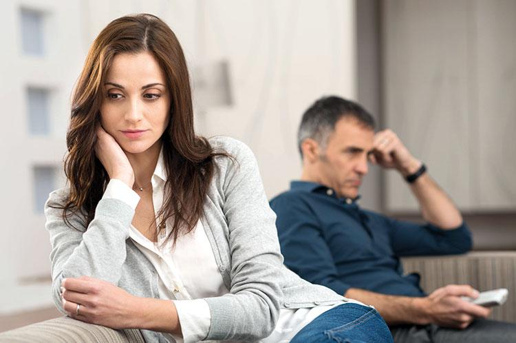 ما هي التأثيرات النفسية للماضي العاطفي للفرد على علاقاته المستقبلية؟