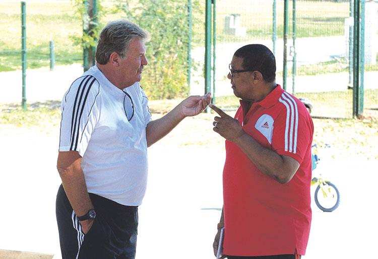 توشاك: «مباراة الديربي عادية بالنسبة إلي وأتمنى أن نفوز»