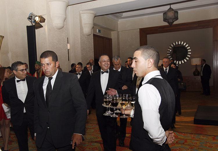 وزير السياحة والشامبانيا