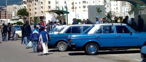 وقفة احتجاجية لسائقي سيارات الأجرة بتطوان