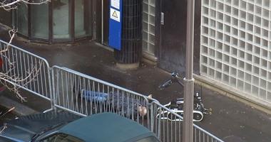 السلطات الفرنسية تقتل متهما بالهجوم على مركز للشرطة بباريس