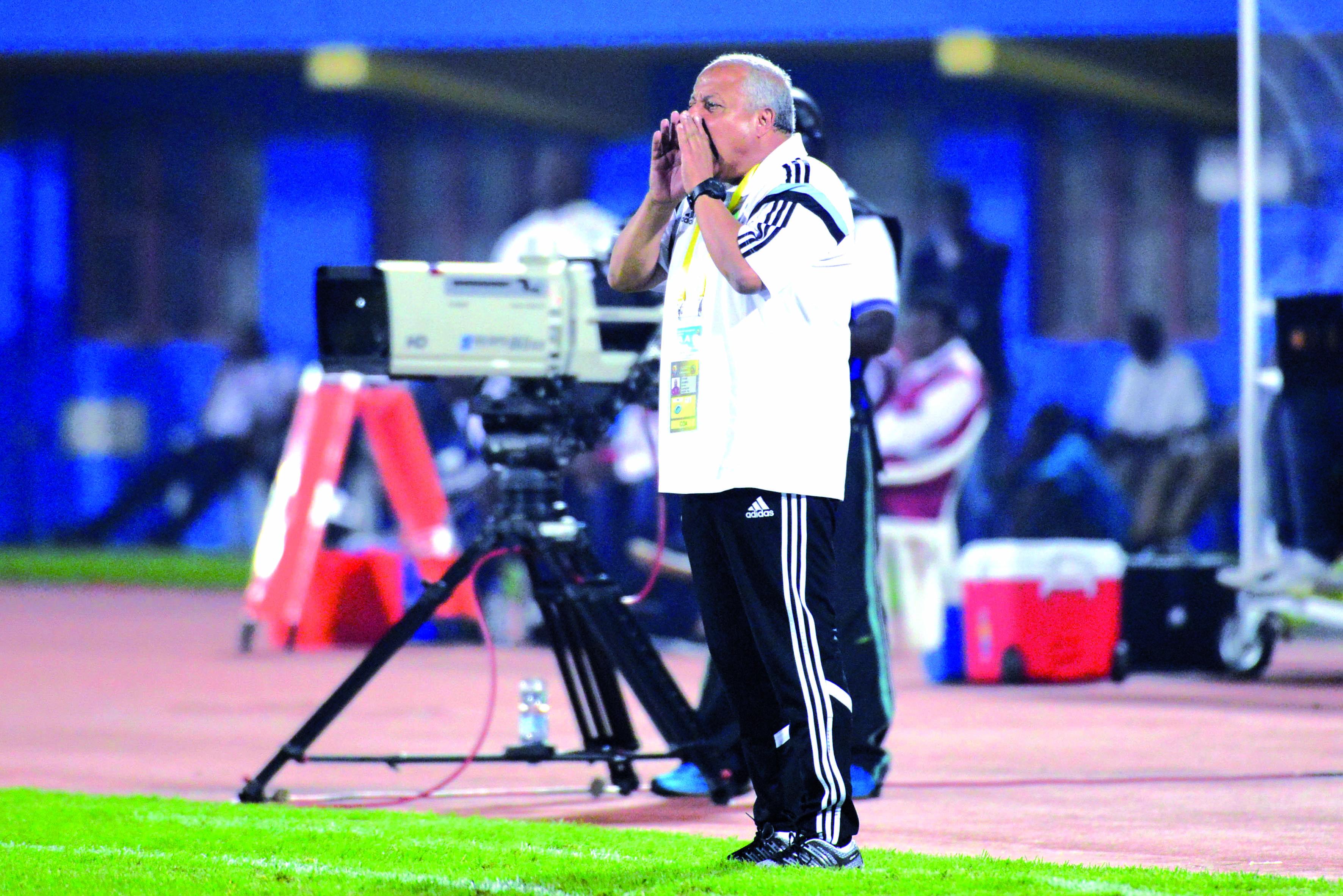 فاخر: «كرة القدم الوطنية بحاجة إلى تشريح حقيقي لمقارعة نظيرتها الإفريقية»
