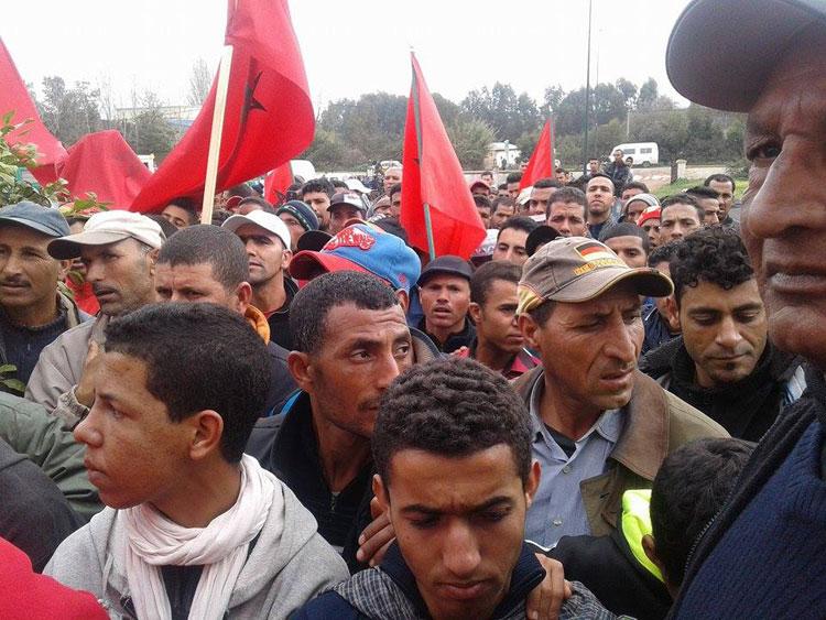منع مسيرة لمحتجين يطالبون بتوفير النقل العمومي بضواحي القنيطرة