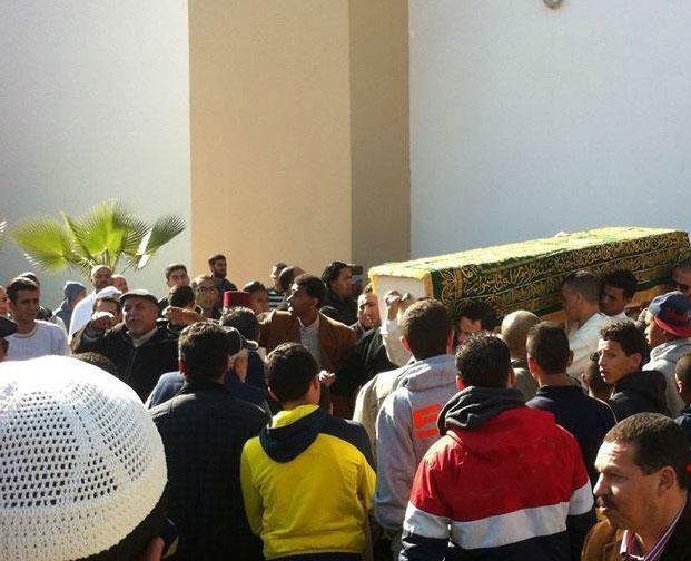 دفن شقيقة بدر هاري بالقنيطرة وزوجته تعلن إسلامها
