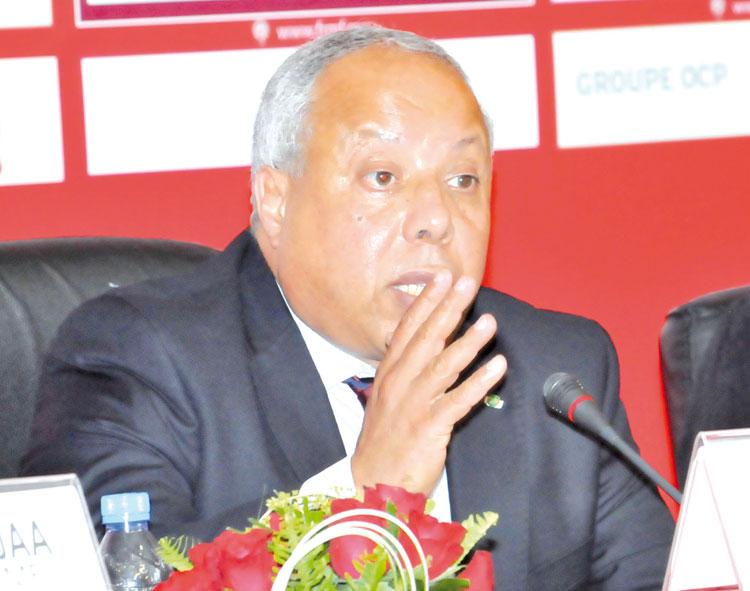 """فاخر: """"أعتذر للجمهور المغربي وغياب مباريات ودية أثر على العطاء"""""""