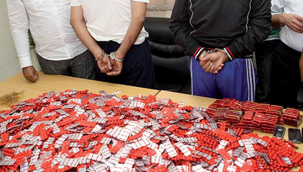 أمن الناظور يحيل شبكة لترويج الأقراص المهلوسة يتزعمها جزائري على الوكيل العام