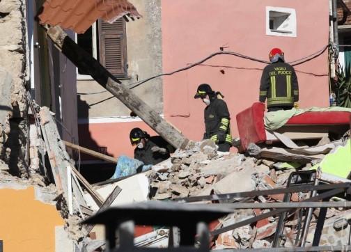 وفاة مغربية وأربعة إيطايين في إنفجار شمال غرب إيطاليا