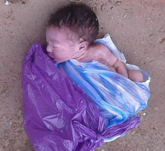 عمال نظافة بالخميسات يعثرون على جثة رضيعة حديثة الولادة داخل حاوية أزبال