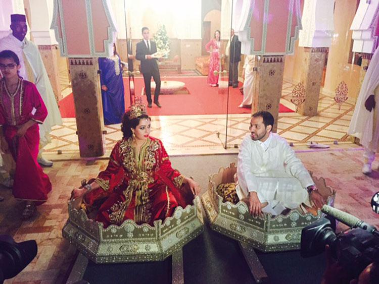 بطلا زفاف القرن بالصحراء يطرقان باب الطلاق بموافقة آل الدرهم وآل الرشيد