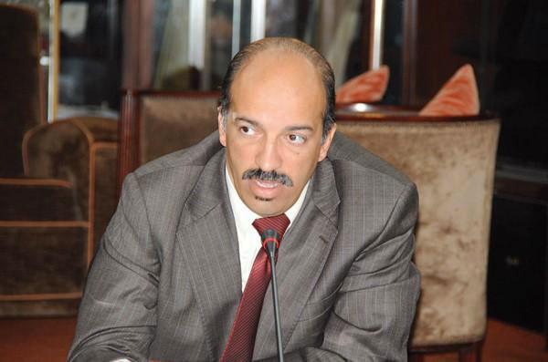 الطالبي العلمي يعيد نبيل بلخياط إلى البرلمان بعد قرار المحكمة الدستورية تجريده من مقعده