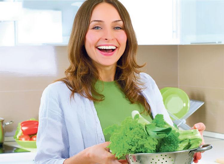 فوائد السبانخ الغذائية والصحية