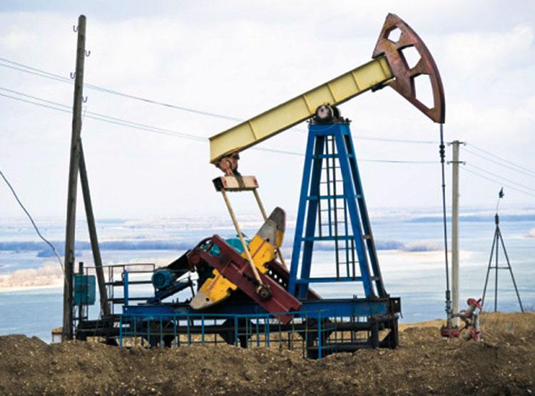 انخفاض أسعار البترول قد يوقف عمليات التنقيب بالمملكة