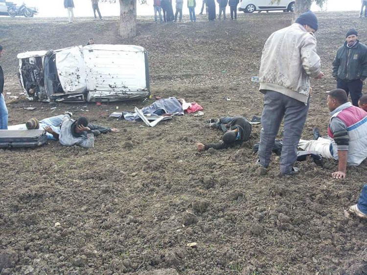 تفاصيل مثيرة لسقوط «مافيا» تهريب طائر الحسون إلى الجزائر عقب حادثة سير بتاونات