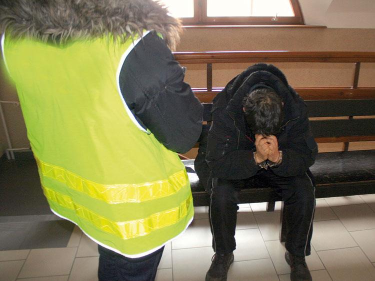 الأخبار تحضر محاكمة «بيدوفيل» سلا وتعيد تركيب قصة شذوذه