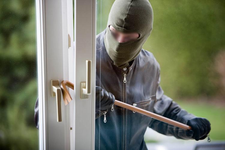 عصابة تنفذ سرقات ذكية وتروع سكان بوسكورة بالبيضاء
