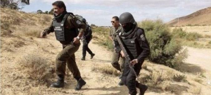 الجيش التونسي يفتح النار على سيارة مغاربة