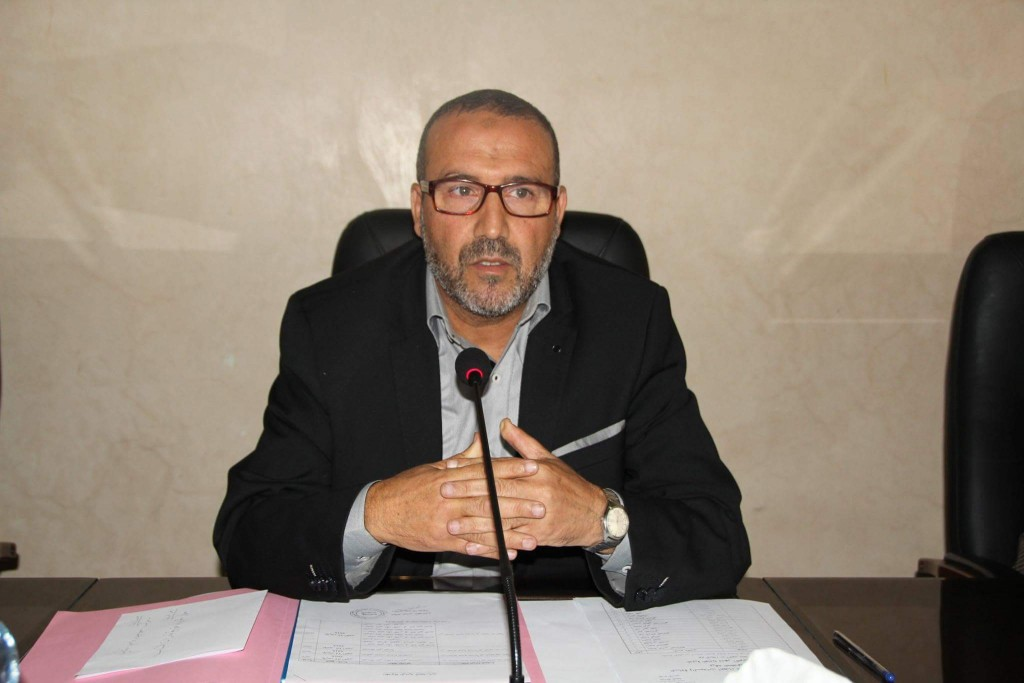 مجلس مدينة طنجة يواجه تجار بني مكادة بلغة «الترحيل»