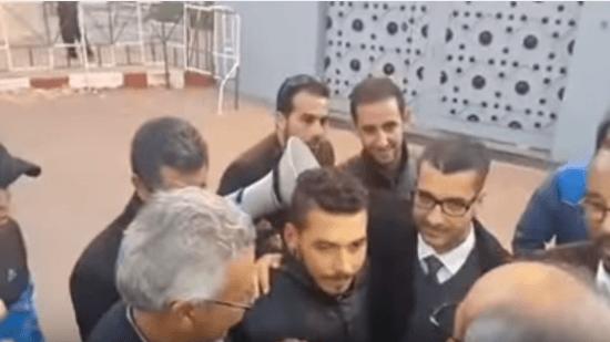 بعد حملة التضامن الواسعة ..عبد الرحمان فاضح غش الطريق خارج أسوار السجن