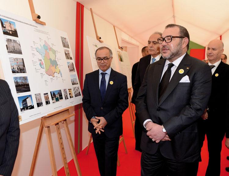 الملك يلتقي القناصل العامين للمملكة بفرنسا ويقف على إجراءات تحسين الخدمات القنصلية