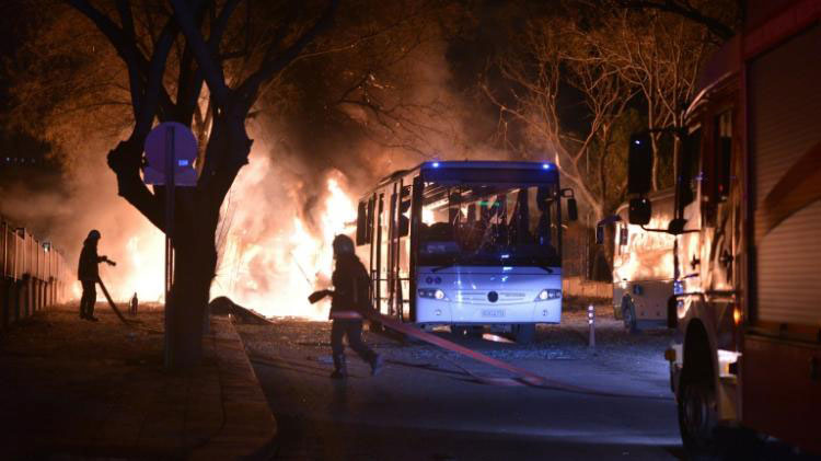 حصيلة تفجير أنقرة ترتفع إلى 21 قتيلا وأزيد من 60 جريحا