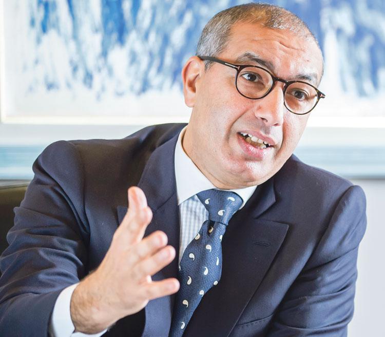 برطال: «التجاري وفا بنك سيعتمد مندوبين في الأسواق الكبرى لتبسيط فهم  نظام المقاول الذاتي»