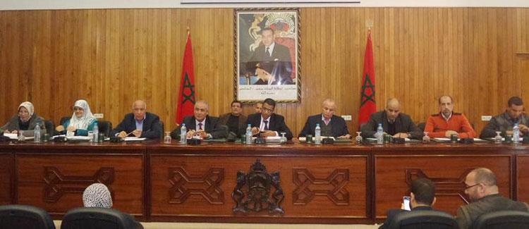 مجلس «البيجيدي» بآسفي يوافق على بيع ممتلكاته في «النوار» وتحويلها إلى مخازن خمور