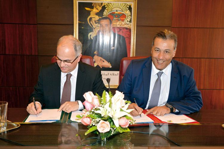 مجموعة القرض الفلاحي توقع اتفاقية مع «بريد المغرب» لمواكبة المقاولة الذاتية