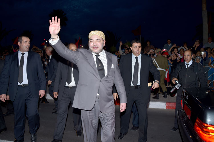 الملك يحل بالعيون في تاني زيارة رسمية بعد ذكرى المسيرة