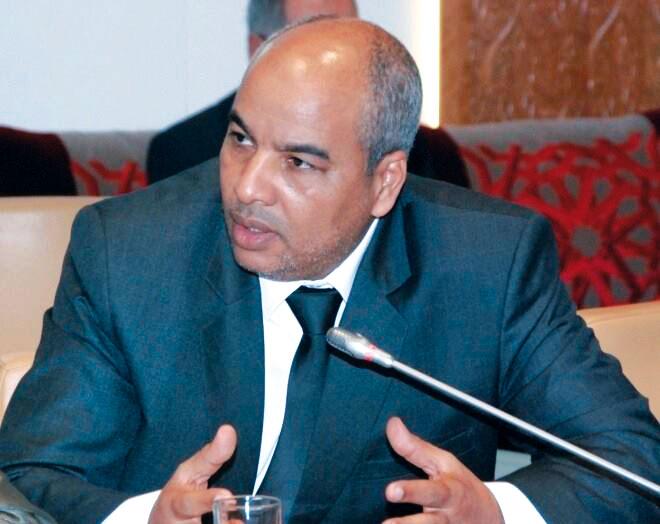 البرلماني الثمري يتهم «العمران» برشوة منتخبين بآسفي والحمومي يطلب منه إثبات ادعاءاته