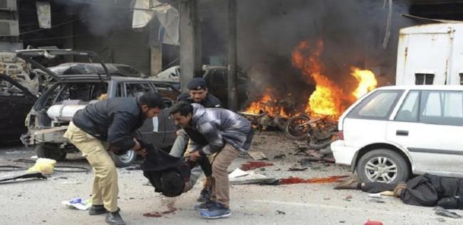 60 قتيلا وأزيد من 200 جريح في تفجير بمنتزه في باكستان