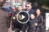 بالفيديو: الملك محمد السادس يلتقط صورا مع مغاربة في أمستردام