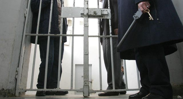 إدانة 9 أشخاص نظموا وقفة احتجاجية بمحطة القطار بفاس