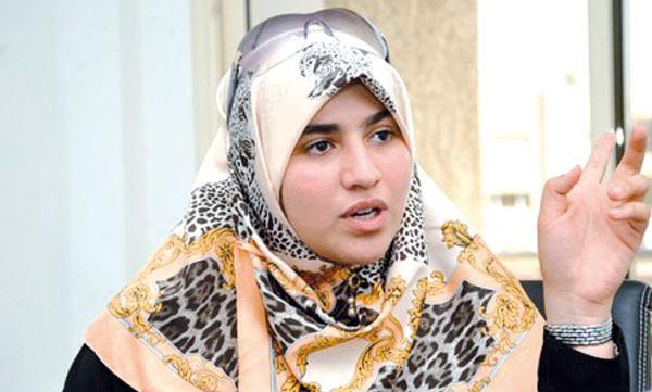 هاجر بوساق.. زوجة ابن الداعية المصري محمد حسان التي استقالت من زواج دعوي