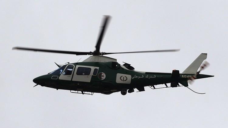 مقتل 12 عسكريا جزائريا في حادث سقوط مروحية
