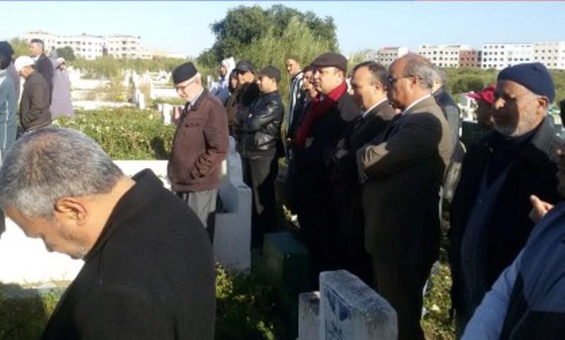 موت أستاذ أمام تلامذته بآسفي وعائلته تطرد نائب التعليم
