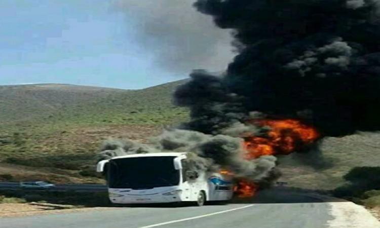 النيران تلتهم حافلة عثمان بنجلون بين تيزنيت وسيدي افني
