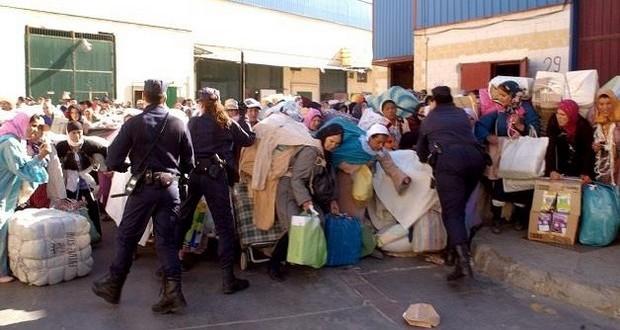 أكثر من 200 «فراش» ومهرب يحاصرون عناصر جمركية بالفنيدق