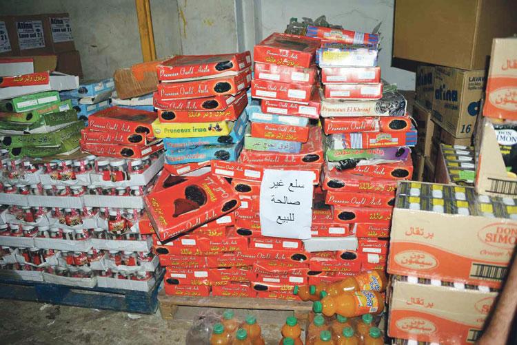 منتوجات غذائية فاسدة تغزو الأسواق المغربية وصعوبات في ضبط المواد منتهية الصلاحية