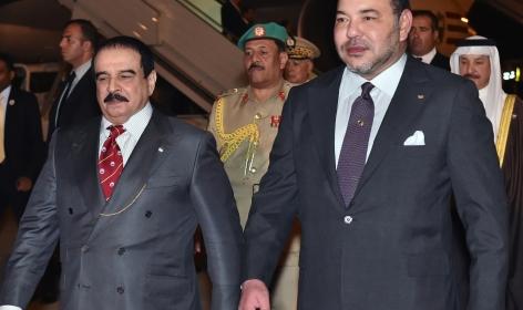 الملك محمد السادس يحل بالبحرين في إطار زيارة رسمية