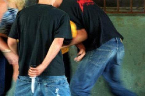 تلميذ بمرتيل يراسل الداخلية للتحقيق في اعتداء ابن شرطي عليه