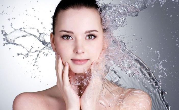 كيف تصنعين غسول الوجه لبشرتك؟