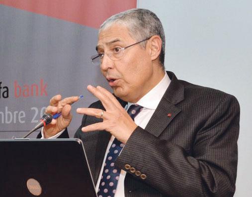 التجاري وفا بنك يتصدر قائمة الأبناك المغربية الأكثر مردودية في 2015