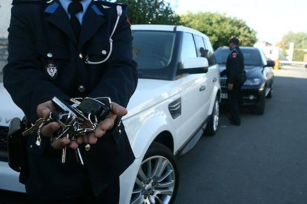 أمن الصويرة وآسفي يفككان عصابة متخصصة في سرقة السيارات