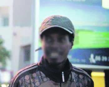 نقل الإرهابي التشادي الملقب بـ «أبي الذباح» إلى السعيدية رفقة عناصر أمنية خاصة