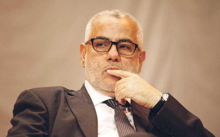 بنكيران يتجاهل الرد على مذكرتي النقابات وأحزاب المعارضة ويدعو إلى تمرير القوانين قبل الانتخابات