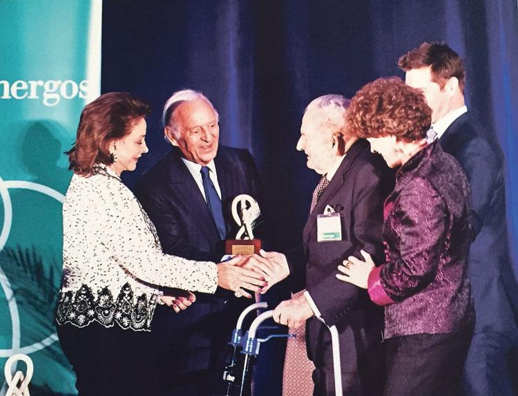 تتويج ليلى و عثمان بنجلون في نيويورك بجائزة